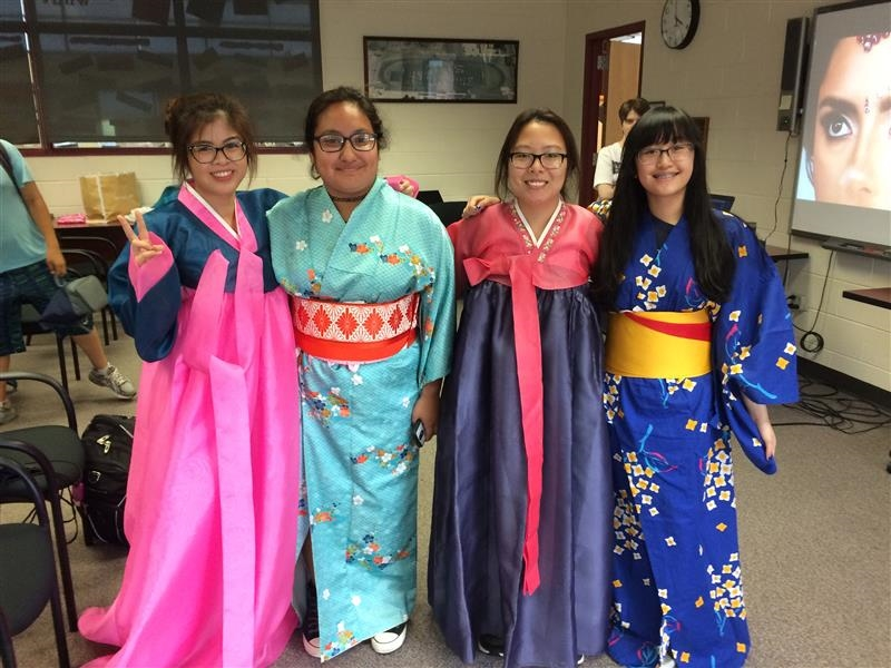 asian-culture-clubs-traditional_clothing