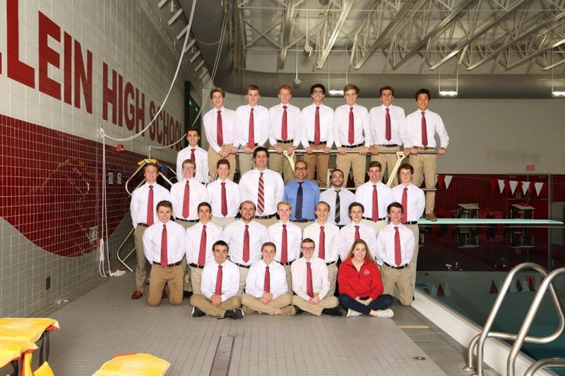 varsity boys swim team